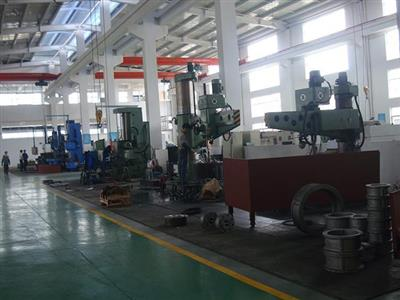 Vertical Lathe&Radial drilling machine